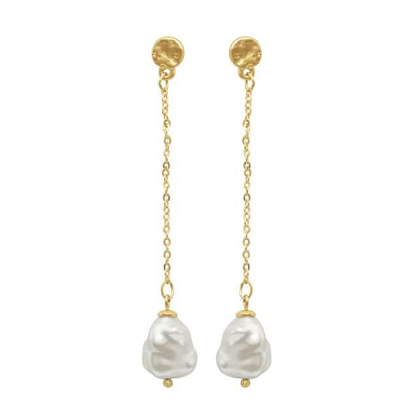 'Audrey' Chain Earrings, with a Gold Chain and a Freshwater Pearl stone, finished in Gold. By Dansk Copenhagen