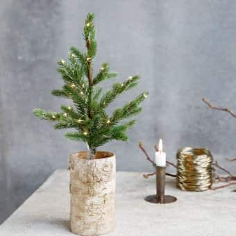 Artificial Christmas Tree (2 sizes available)