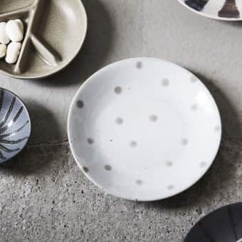 'Dots' Plate, Beige with Dots, Stoneware (D:15.7cm)