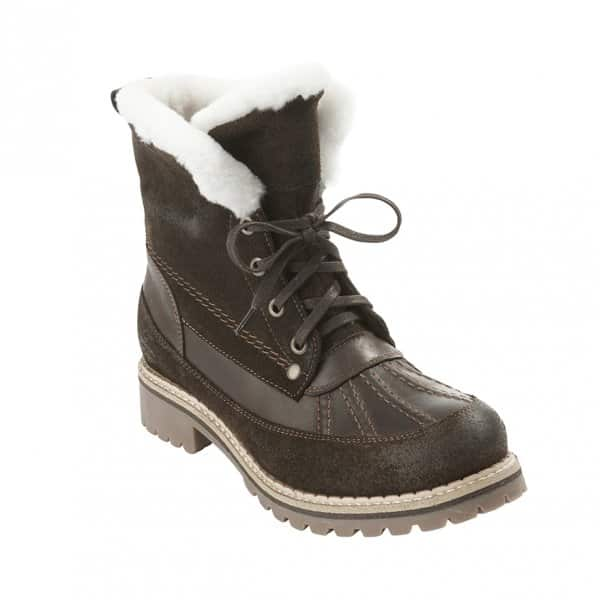 'Jennifer' Outdoor Ladies Boots in Moro (Brown). Sheepskin lined with a Suede outer. By Shepherd of Sweden