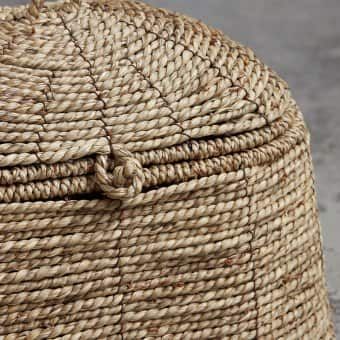 'Rama' braided Basket with Lid, Seagrass & Metal (L:31cm x W:21.5cm x H:26cm)
