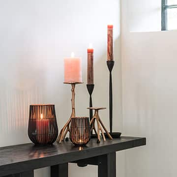Candlesticks, Trays & Lanterns